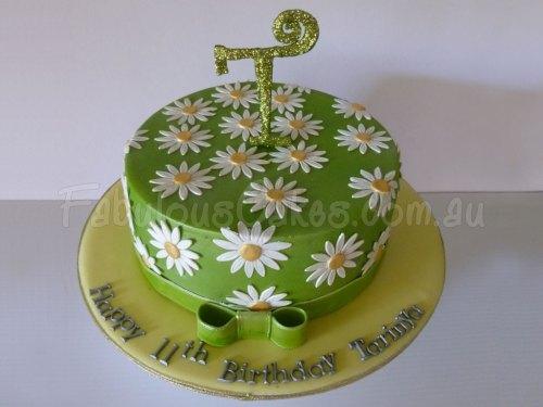 green-icing-birthday-cake