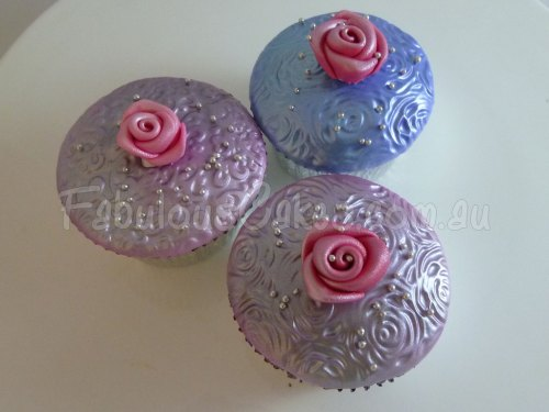 stylish-cup-cakes