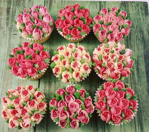 Floral Cup Cake