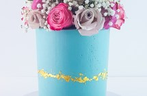 Blue Buttercream Cake with Roses