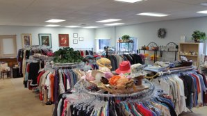 Fab-Finds-Island-Breeze-Upscale-Resale-Store-2