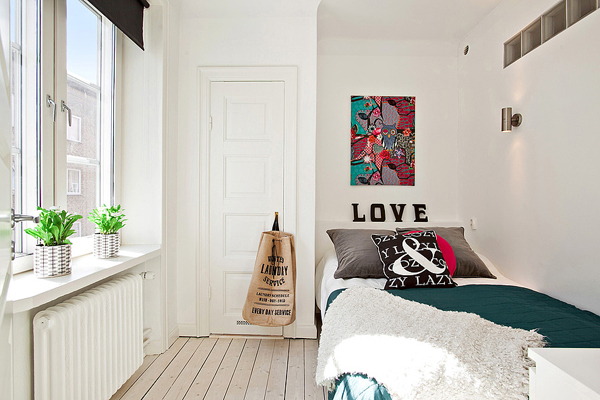 Very small bedroom designs for Bright teenage bedroom designs