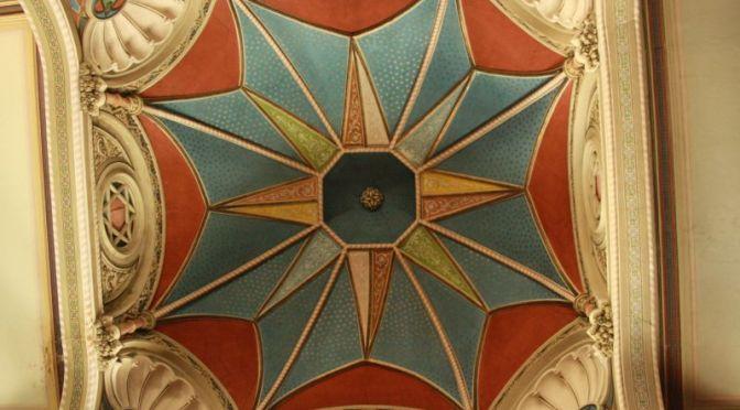Deckengemälde der Synagoge von Targu Mures, Transsilvanien, Rumänien.