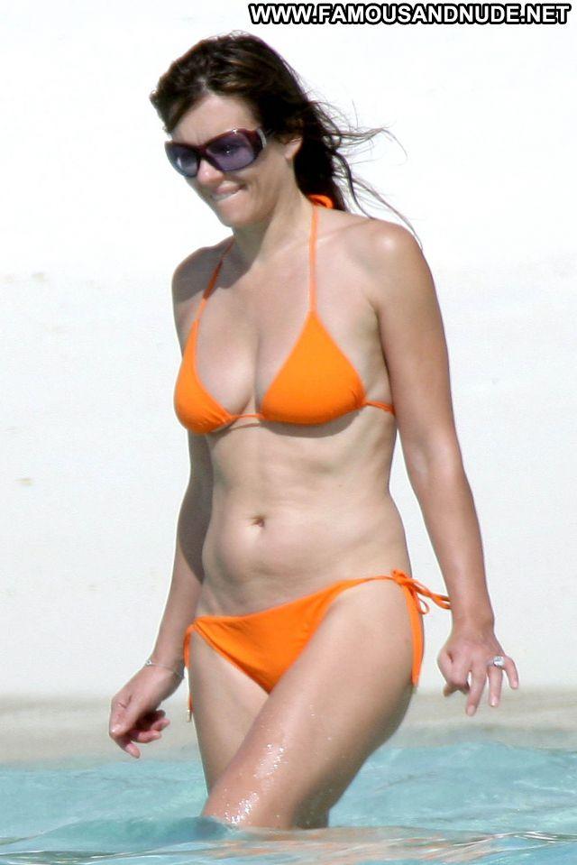 Elizabeth Hurley Nude Sexy Scene British Bikini Showing Tits