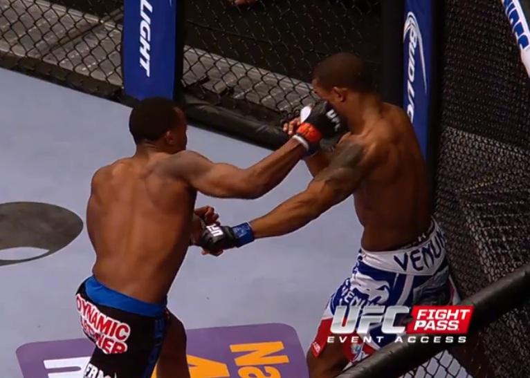 UFC 171 Super slow-mo