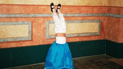 La revista GONG! presenta un número con fotos de Rosa Codina