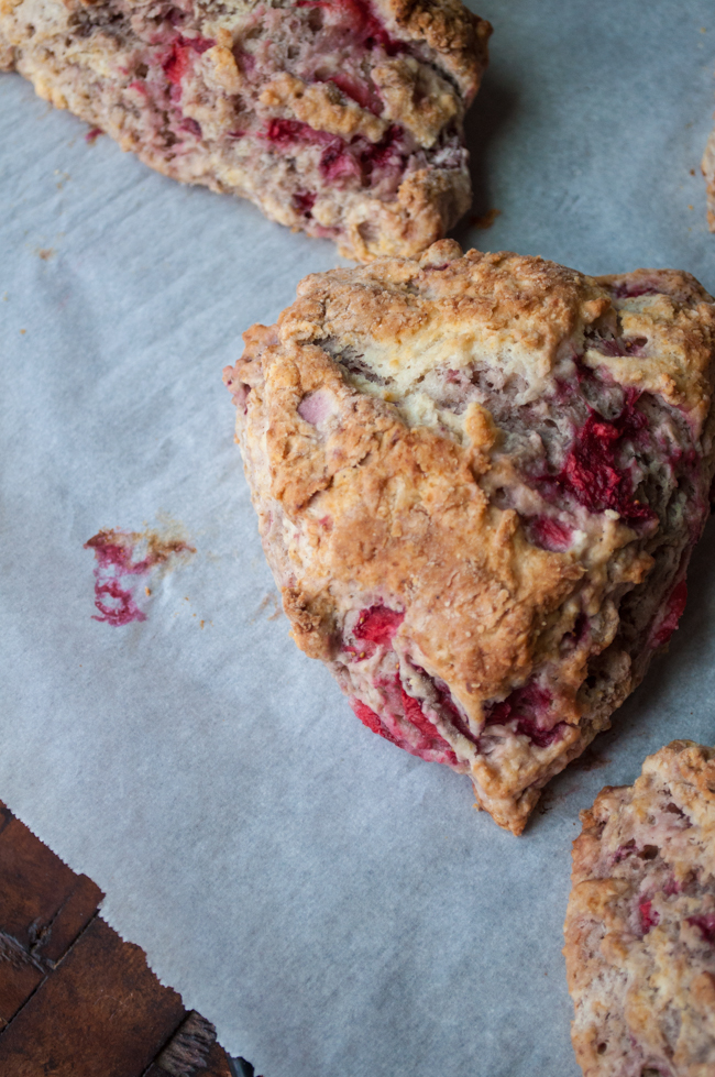 fresh-strawberry-scones