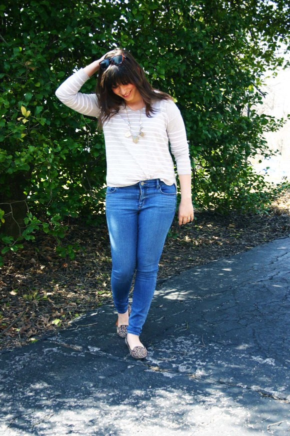 Jeanne FBC Camel and White Striped Pullover Sweater LOFT skinny jeans Leopard Loafers Target Geometric Silver and Gold Necklace Weekend Casual 2