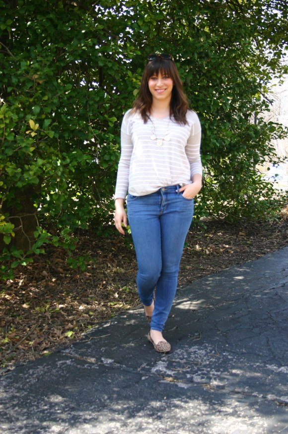 Jeanne FBC Camel and White Striped Pullover Sweater LOFT skinny jeans Leopard Loafers Target Geometric Silver and Gold Necklace Weekend Casual 3