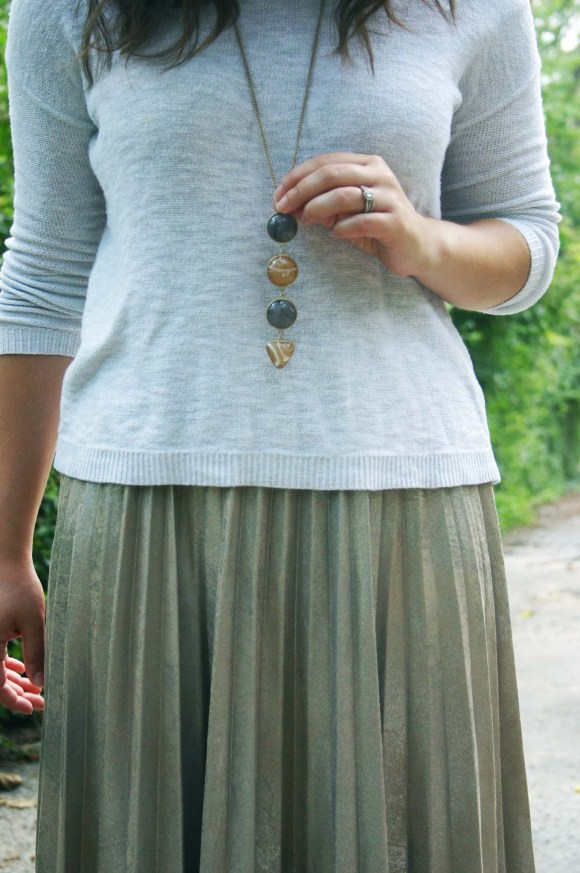 jeanne-fbc-zara-metallic-pleated-midi-skirt-oatmeal-cropped-sweater-taupe-peep-toe-shooties-paperdolls-trina-drop-stone-necklace-9