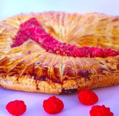 Galette des Rois pralines rose et framboises