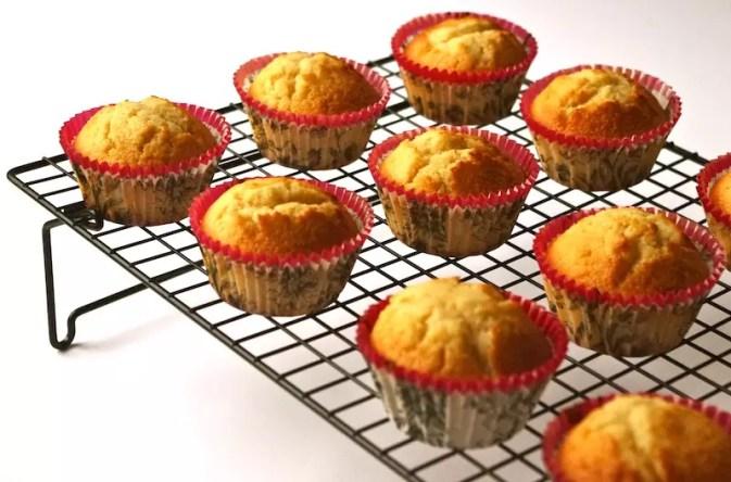 cupcakes vanille, glaçage caramel beurre salé fleur de sel