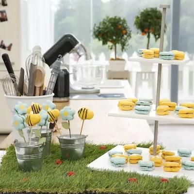 Les macarons fleurs & abeilles