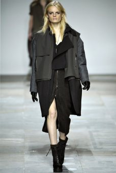 Topshop Unique Fall 2012 | London Fashion Week
