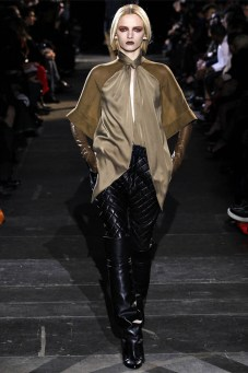 Givenchy Fall 2012 | Paris Fashion Week