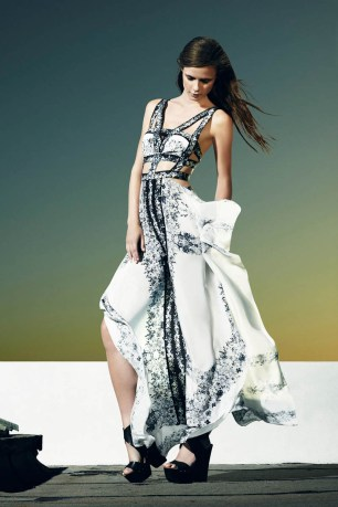 bcbg-max-azria-resort34