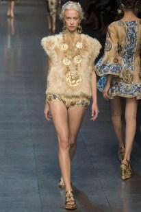 Dolce & Gabbana Spring 2014 | Milan Fashion Week