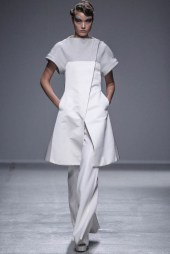 Gareth Pugh Spring/Summer 2014 | Paris Fashion Week