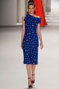 carolina-herrera-fall-winter-2014-photos35
