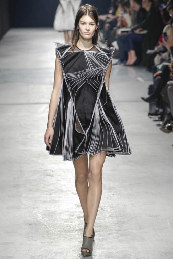 Christopher Kane Fall/Winter 2014 | London Fashion Week