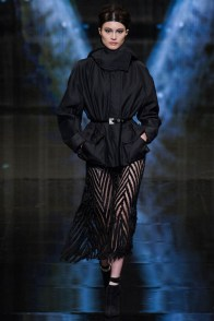 donna-karan-fall-winter-2014-show24
