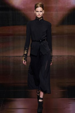 donna-karan-fall-winter-2014-show6