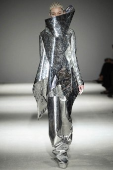 Gareth Pugh Fall/Winter 2014 | Paris Fashion Week