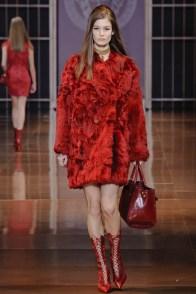 versace-fall-winter-2014-show17