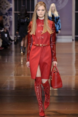 versace-fall-winter-2014-show26