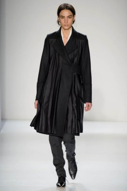 victoria-beckham-fall--winter-2014-show7