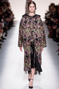 valentino-fall-winter-2014-show30