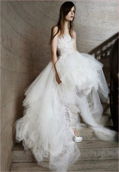 vera-wang-bridal-spring-2015-dresses12