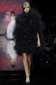 armani-prive-2014-fall-haute-couture-show55