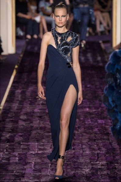 atelier-versace-2014-fall-haute-couture-show13