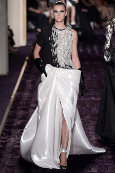 atelier-versace-2014-fall-haute-couture-show27