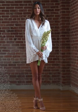 stone-cold-fox-wedding-dresses20