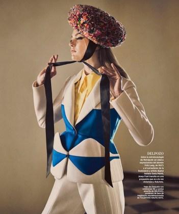 Karmen-Pedaru-Harpers-Bazaar-Span-2016-Cover-Editorial15