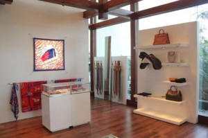 CROPHermes store in Pune at Ista Hotel 3 300x199 Hermès Opens its 2nd Store in Pune