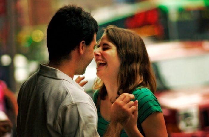 casal-sorrindo