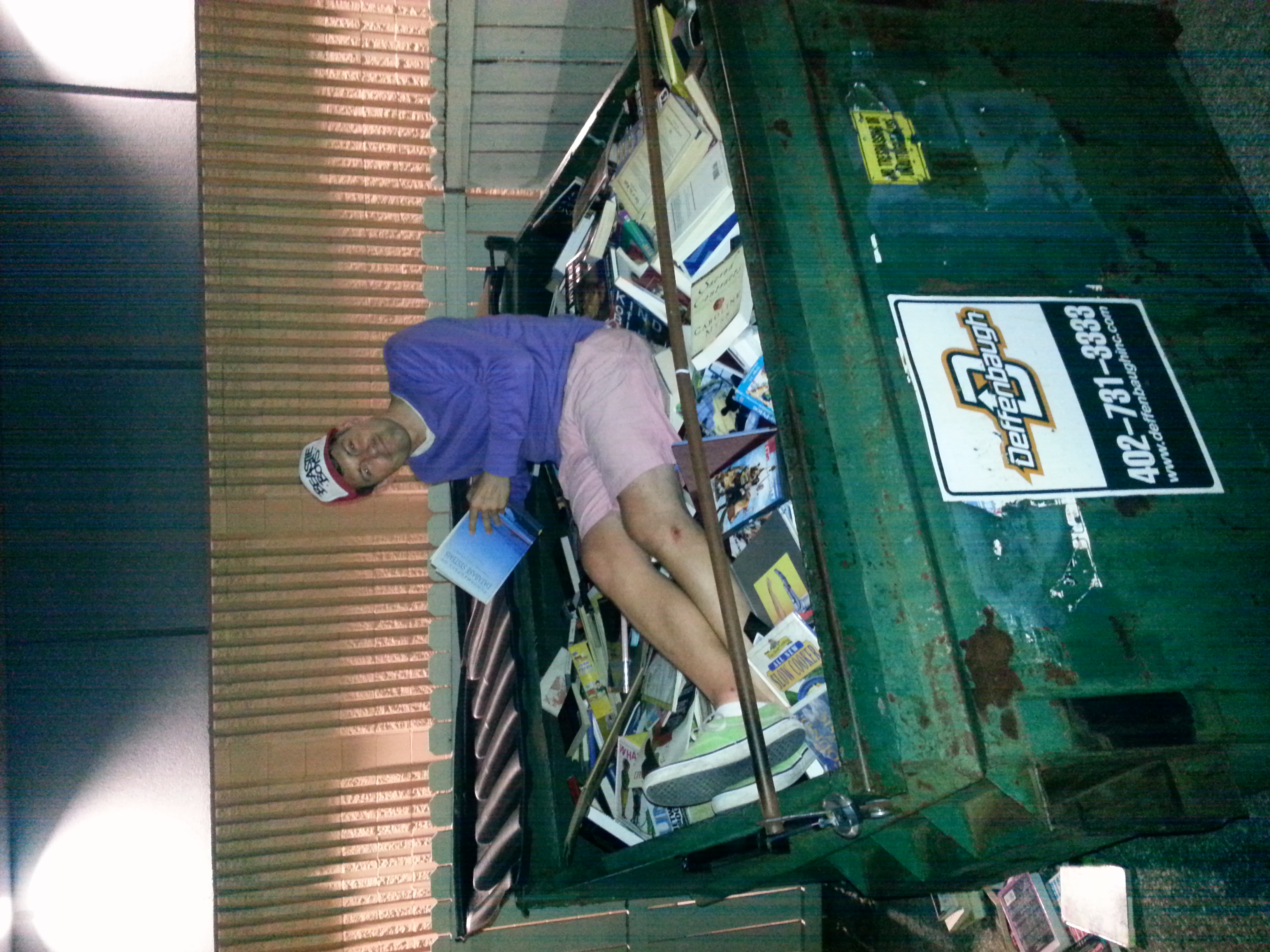 dumpster diving for books a primer for amazon sellers the yes this is actually me