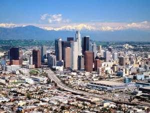 renting a Los Angeles fashion photo studio