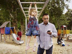working-parents-image