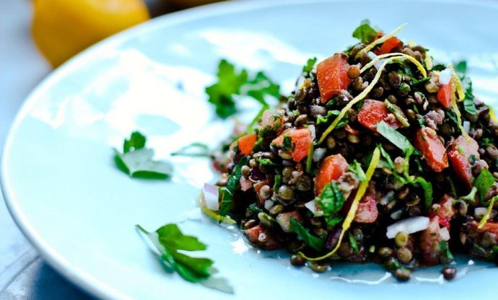 Lentil Tabouli Salad | www.feastingathome.com