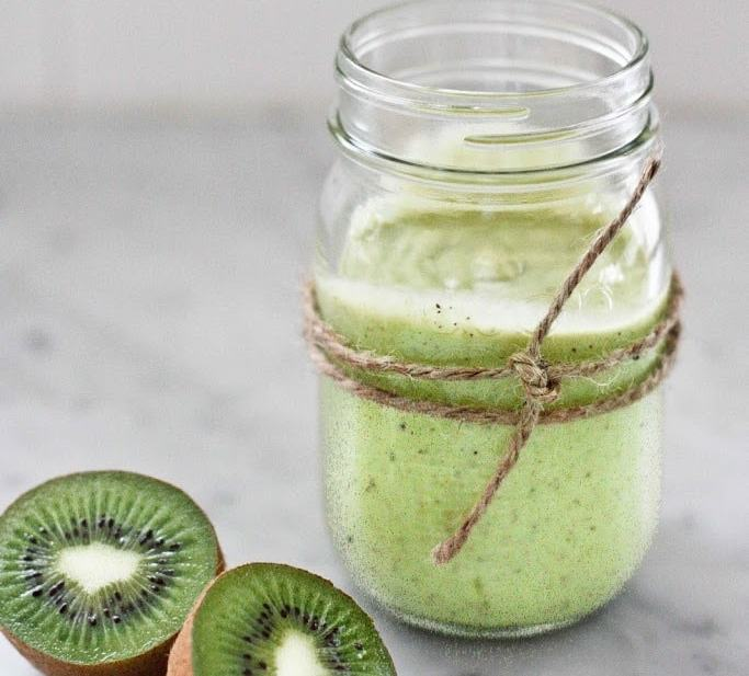 Avocado Smoothie with Kiwi and Lime | www.feastingathome.com