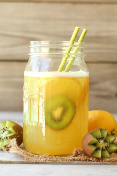 Fruit-Sweetened Lemonade