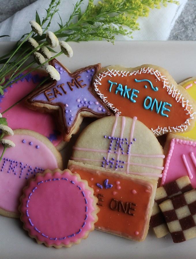 "Walt Disney's Alice in Wonderland: ""Eat Me"" Cookies"