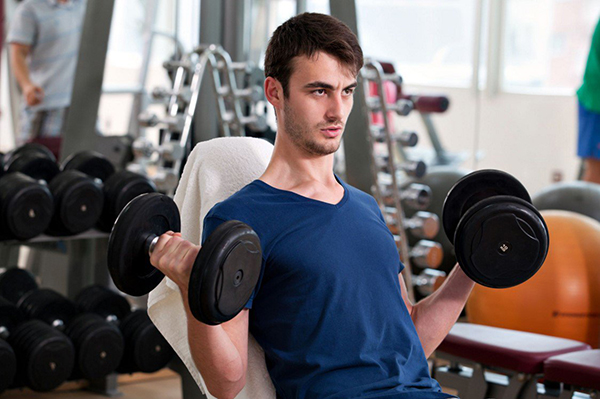 Here-are-The-Reasons-Why-Your-Biceps-Don't-grow-Properly-(3)