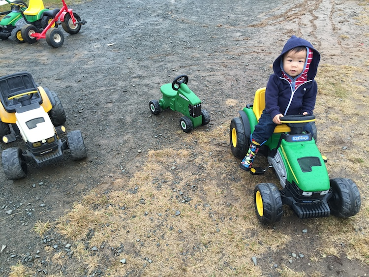 miles tractor rain boots