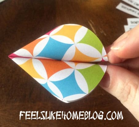 How to make Paper Fortune Cookies Tutorial - Insert fortune