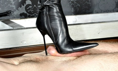leather-boots-cbt